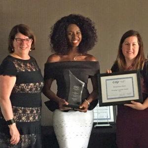 CMC récompense une dirigeante d'une coopérative d'habitation et élit un nouveau membre à son conseil durant son congrès annuel