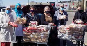 #HumainsHabitationCoopérative: Kathy aide à renforcer la communauté, un repas-partage à la fois
